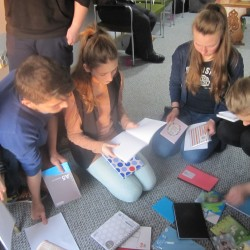 Group activities at the Day Center Activitati de grup la Centrul de Zi